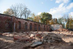 Kaune įžūliai naikinamas kultūros paveldo objektas: savininkai kaltina oro sąlygas