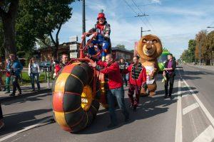 Šančių parade – nuo žaismingų kaukių iki protestuotojų