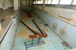 Vilniečiai atsisveikino su Lazdynų baseinu: jaučia ir nostalgiją