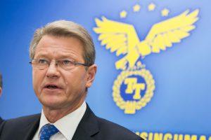 Partijoms vadovauja iš EP: ką tai liudija