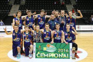 """Kauno """"Perkūno"""" vaikinų komanda triumfavo Moksleivių krepšinio lygoje"""