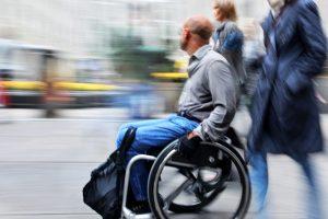 Nesutarimas dėl įvažos neįgaliesiems persikelia į teismą