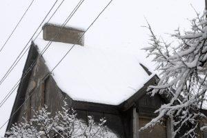 Nuo stogų – nemalonios staigmenos