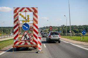 Tikrinant Kleboniškio tiltą – nauji išbandymai vairuotojams
