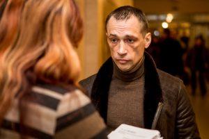 Asilo išpuolius vainikuoja advokato gražbylystės
