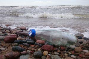 Pažintis su vokietėmis – po žinutės butelyje