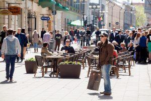 Atsinaujina sostinės Vilniaus gatvė