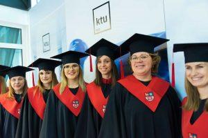 G. Nausėda patarė studentams, kokį darbą rinktis po universiteto baigimo