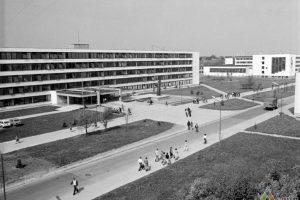 KTU miestelio pradžia: statybų aikštelėje plušėjo ir studentai