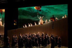 """Opera """"Manon"""" išplaukia į San Franciską"""