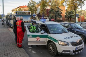 Uostamiesčio perėjoje vyrą kliudė autobusas