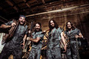 """Kas jie – """"Nickelback"""" koncertą pradėsiantys rokeriai """"Monster Truck""""?"""