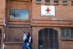Paragvajuje pagimdė išprievartauta 11-metė: jai atsisakyta atlikti abortą