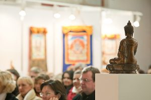 Atgyjančioje Sodų gatvėje – budistininio meno paroda
