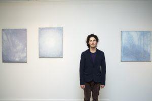 Menininkas atskleis, kaip šviesa veikia žiūrovo suvokimą