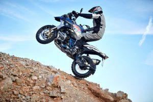 """Artėjant motociklų sezonui – nauji """"BMW Motorrad"""" modeliai"""