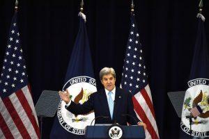 Atsisveikinimo kalboje J. Kerry nepagailėjo aštrios kritikos Izraeliui