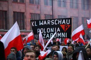 Lenkijos prezidentas griežtai pasmerkė nacionalistų eitynes