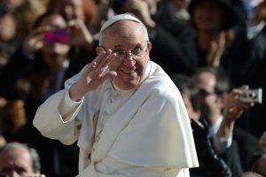 Popiežius Pranciškus švenčia pirmąsias Kalėdas