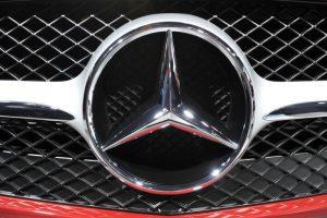 """Prancūzija vėl registruos """"Mercedes"""" iki bus paskelbtas galutinis nuosprendis"""