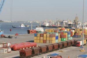 Klaipėda dėl NATO krovinių nurungė Rygą