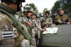Latvijos kariuomenė už 3,8 mln. eurų įsigis iš Vokietijos šarvuotųjų automobilių