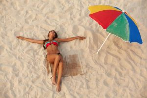 Vasarą geros kelionės į užsienį už kelis šimtus nenusipirksite