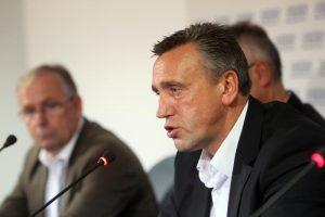 V. Ivanauskas su bendražygiais mėgins nuversti LFF valdžią