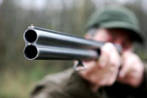 Panevėžyje per medžioklę sužalotas vyras