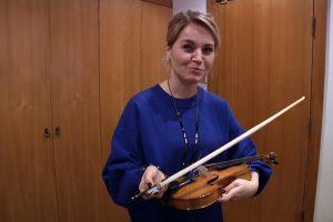 Po legendinio smuikininko mirties dukra instrumentą paslėpė tolimiausiame kampelyje
