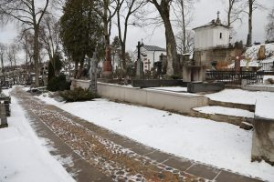 Gedimino kalne rasti sukilėlių palaikai atguls Rasų kapinėse?