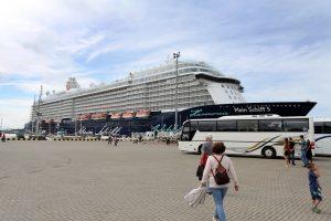 Į uostamiestį atplaukė įspūdingas kruizinis laivas