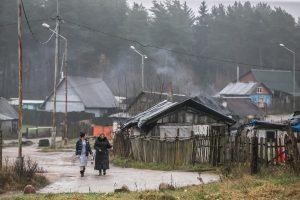 Romai skundžiasi: net išsilavinusių romų vengia darbdaviai