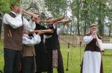 """Folkloro festivalis """"Atataria lamzdžiai"""" gaus šimtmečio aidais"""