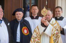 Kauno broliams pranciškonams perduotos šv. Adalberto relikvijos