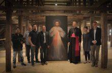 Sukūrė filmą apie meno šedevrą, kabantį vienoje Vilniaus bažnyčių