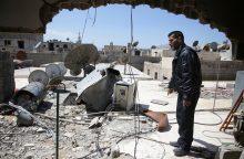 JAV dėl zarino atakos paskelbė sankcijas 271 chemikui iš Sirijos