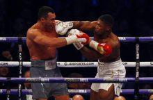 Kovoje dėl pasaulio sunkiasvorių bokso čempiono titulo A. Joshua įveikė V. Klyčko