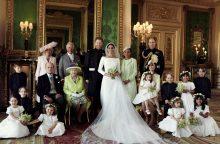 Jaunavedžiai Harry ir Meghan padėkojo karališkųjų vestuvių svečiams