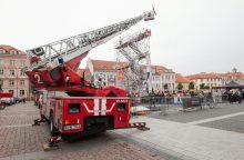 Prokurorai įpareigoti atnaujinti tyrimą dėl ugniagesių kopėčių