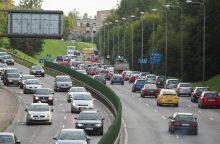 Artėja rugsėjo spūstys: į gatves sugrįš nervingiausi eismo dalyviai