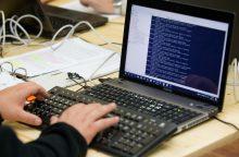 Byla dėl kibernetinių atakų prieš valstybės institucijas pasiekė teismą