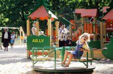 Didžiausi vasaros pavojai vaikams: ką daryti?