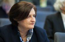 Seimo pirmininkė netiki, kad Vyriausybės planas sustabdys emigraciją