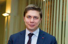 """Siūloma pavėlinti eksministro M. Sinkevičiaus darbą """"Jonavos vandenyse"""""""