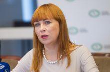 """J. Petrauskienė: mokytojai įtraukti į """"netikrų žinių"""" erdvę"""