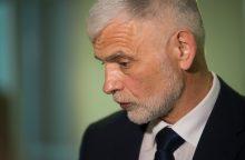 Klausia ministro, ar nesijaučia kaltas dėl valstybės vadovų konflikto