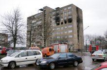 Tragiško gaisro Žirmūnuose kaltinamąjį siūloma įkalinti 18 metų