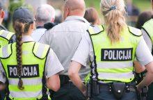 Policininkai vyrai skundžiasi dėl didesnių reikalavimų nei moterims
