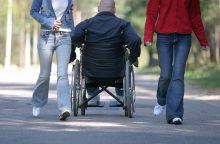 Neįgaliųjų atstovai kritikuoja globos namų reformą